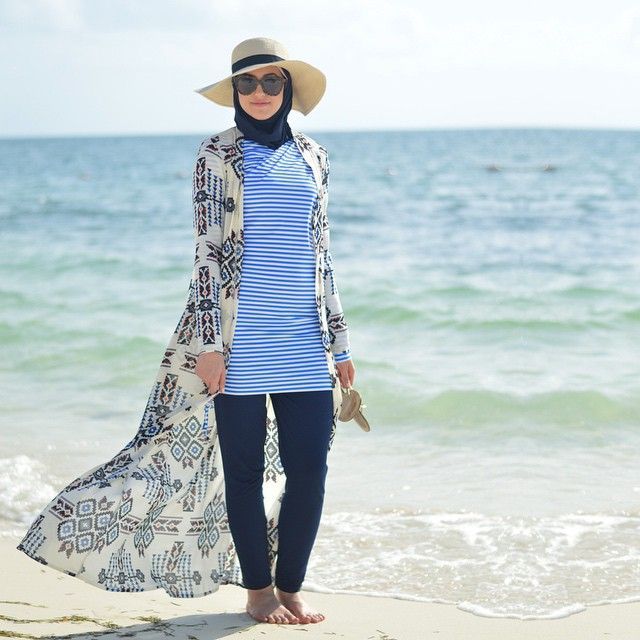 Wore this @kabayarefashion maxi chiffon cardigan to the beach