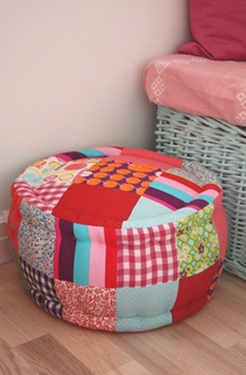 DIY Ottoman Out of Plastic Bottles. It's cheap and easy to do , and you won't have to spend a fortune either!   Tutorial-> http://wonderfuldiy.com/wonderful-diy-ottoman-out-of-plastic-bottles/