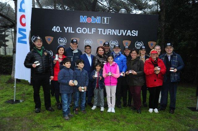 Dünyanın önde gelen sentetik motor yağı markası Mobil 1, 40. yıldönümü kutlamaları kapsamında İstanbul Golf Kulübü işbirliği ile Mobil 1 40. Yıl Chipping & Putting Müsabakası düzenledi.