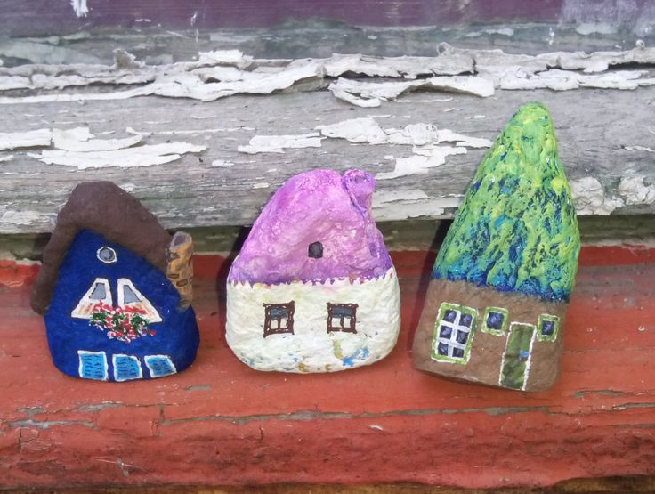 set of 3 paper mache houses - pinned by pin4etsy.com