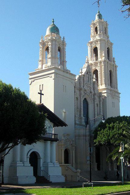 San Francisco - Mission District: Mission San Francisco de Asís and Mission Dolores Basilica   Flickr - Photo Sharing!