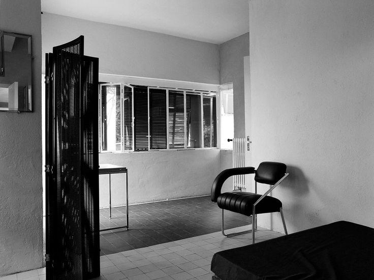 Inside Eileen Gray's Modernist Haven, E1027 in 2020 ...