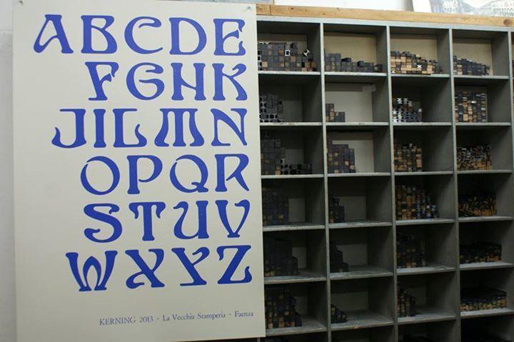 Typographycal poster from an unique 1920 art nouveau wood typeface. La Vecchia Stamperia. Faenza. www.lavecchiastamperia.com