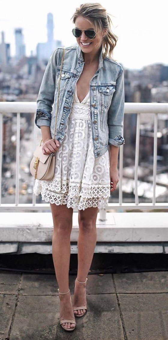 Brauche unbedingt eine Jeansjacke um mein Hochzeitskleid alltagstauglich zu machen - nächster Halt: Second Hand Läden :)