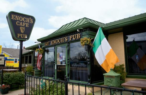 Enochs Cafe and Pub in Monroe, Louisiana, in Ouachita Parrish- a great place to celebrate St. Patricks Day!