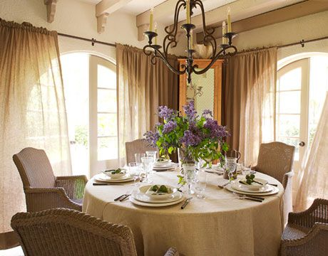 Cozy dining room: Idea, Screens Porches, Dining Rooms Decor, Burlap Curtains, Window Treatments, Dining Rooms Design, Round Tables, Home Parties, Linens Curtains