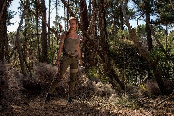 Tomb Raider, prime foto ufficiali di Alica Vikander alias Lara Croft