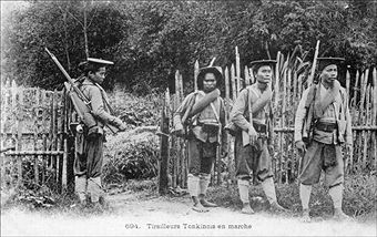 Exclusive - Hmong People, The History Forgotten Warriors In Viet Nam In March, 2008 - During the Indochina war, France financed and equiped a lot of Hmong minorities from mountain to fight against Vietnamese communists. Pin by Paolo Marzioli