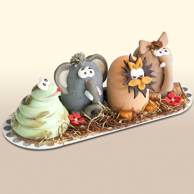 Animaux de la jungle - Éléphant : glace vanille et fraise / Lion : glace passion-chocolat blanc, sorbet framboise / Serpent : glace vanille et sauce caramel / Phacochère : glaces vanille et chocolat.