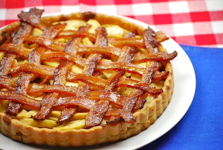 Bacon apple pie ... um ... sure! Why not?