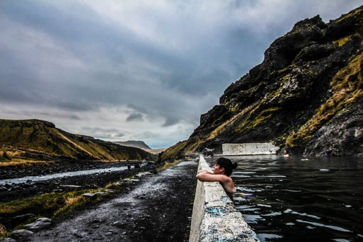 "Seljavallalaug, the ultra ""secret"" Icelandic geothermal pool - Free Candie"