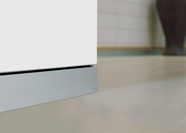 1000 images about skirting boards on pinterest cable skirting board covers and sit on top. Black Bedroom Furniture Sets. Home Design Ideas