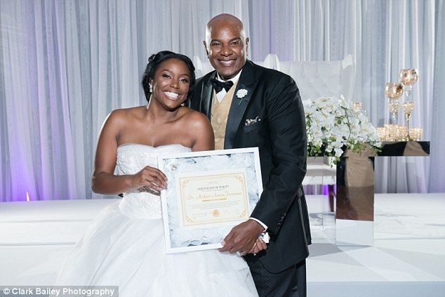 Brelyn Bowman gave the 'certificate of purity' to her father pastor Michael Freeman on her wedding day