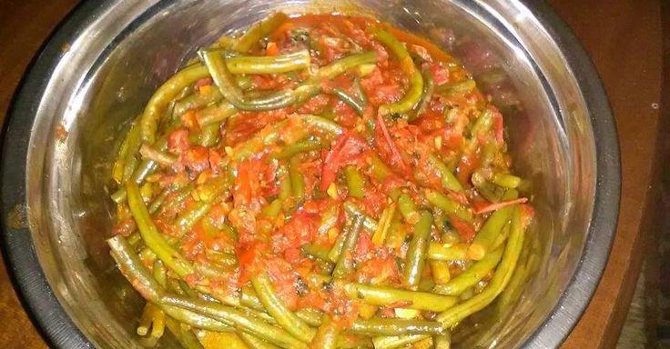 Fagiolini con pomodori bio e basilico