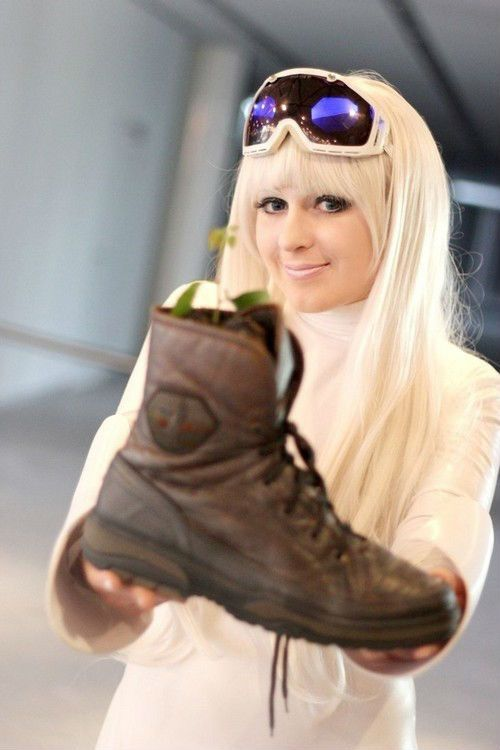 wall-e eve cosplay - Google Search