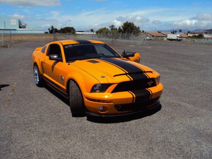 Now that's what I call stance @AllenIrwin01 427 Special Edition Shelby GT500 Super Snake @CarrollShelby @shelbyamerican #Deathrace2 #MyOctane #Mustang #stunts