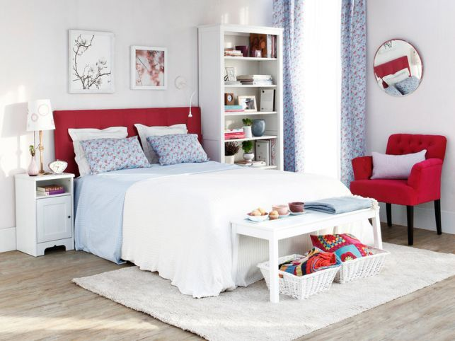 Modele de dormitoare mici decorate cu stil - imaginea 13