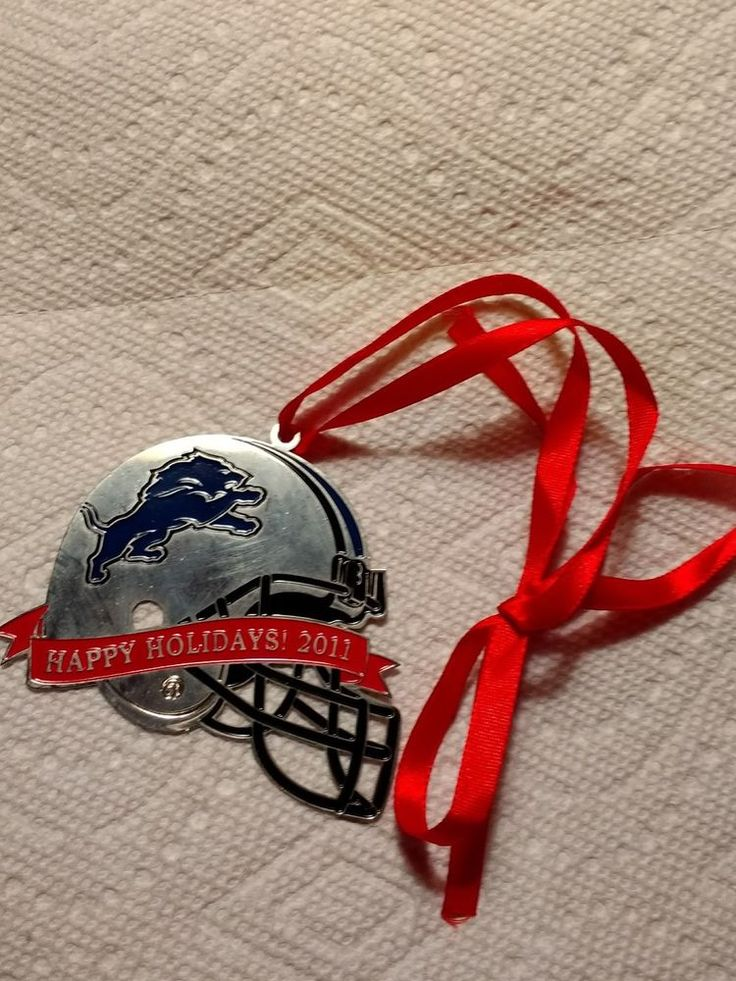 DETROIT LIONS 2011 HAPPY HOLIDAYS CHRISTMAS ORNAMENT SEASON TICKETS HOLDER ITEM #DetroitLions