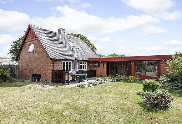 RobinHus - Villa i Fjelstervang sælges : Godt begynderhus på 118 M2- i 2 plan.