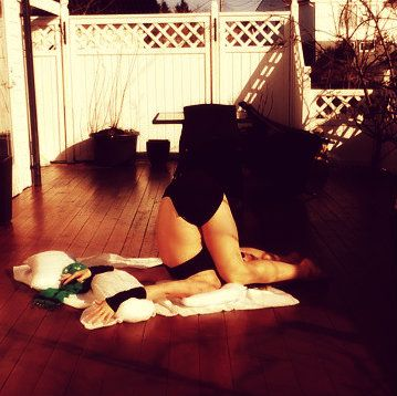 I could easy fall asleep in this position. Lol! My Yoga <3