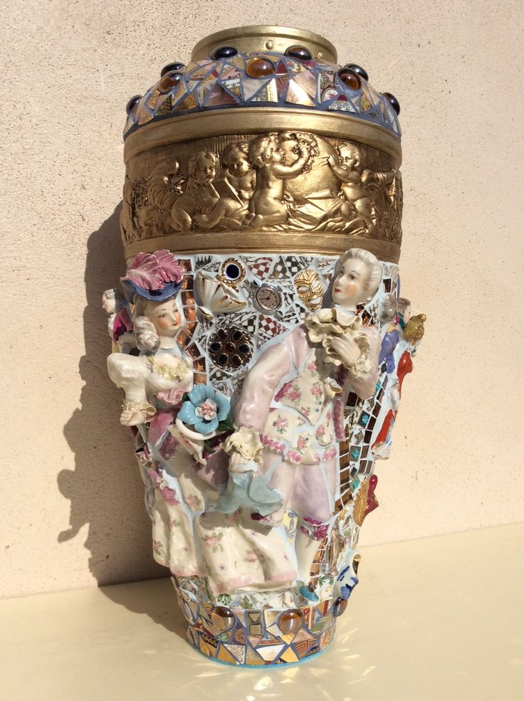 6194 best Mosaic pots,vases,planters,urns images on Pinterest ...
