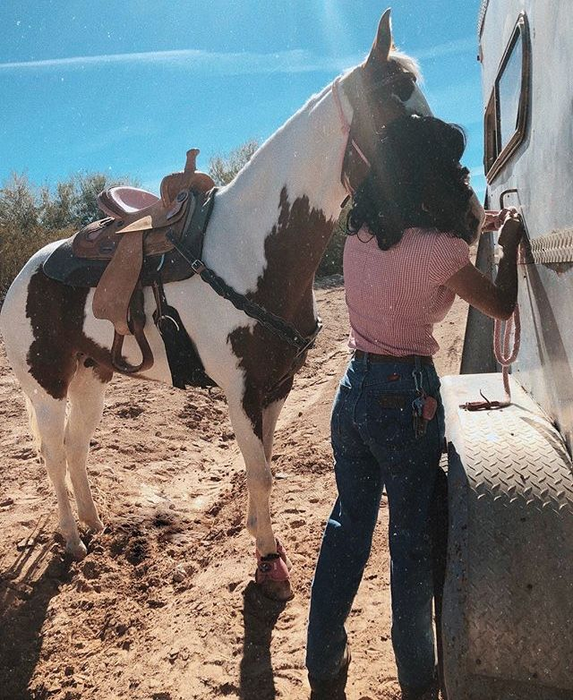 Pin By Suzyyy F F   On V A Q U E R A In  Pinterest Jean Outfits Outfits And Cowgirl Outfits