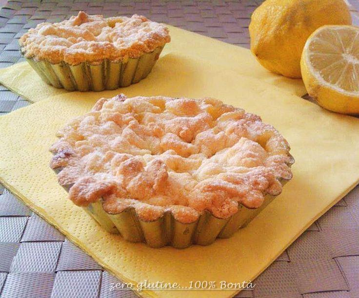 Tortine alla crema di limone (senza glutine),friabili e dolcissime,e con un profumo di limone inebriante.Finalmente è venerdì,e come tutti i venerdì c'è G