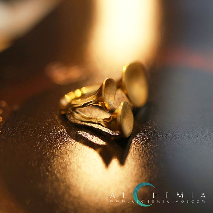 The Kinoko ring. Gold 858 or silver 925. Handmade by Alchemia Jewellery.