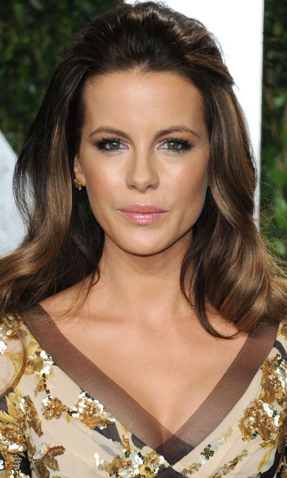 Kate Beckinsales Elegant Hairstyle Is Perfect For Long Hair, 2012