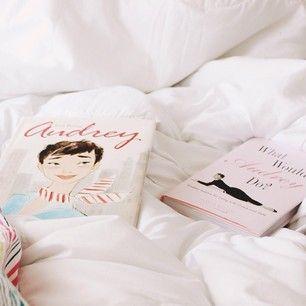 #100happydays Audrey's birthday and new post in my blog (link in the bio) | #100serendipitydays aniversário da Audrey e post novo no blog (l...