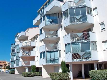 Location Le Grau du Roi Interhome, promo location Appartement Les Caraïbes Le Grau du Roi prix promo Interhome 310,00 € TTC pour 7 nuits