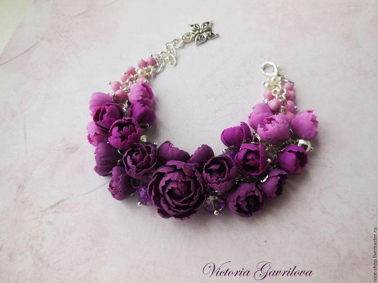"""Купить Браслет """"Фиолетовые пионы"""" - тёмно-фиолетовый, браслет, Браслет ручной работы, браслет на цепочке"""