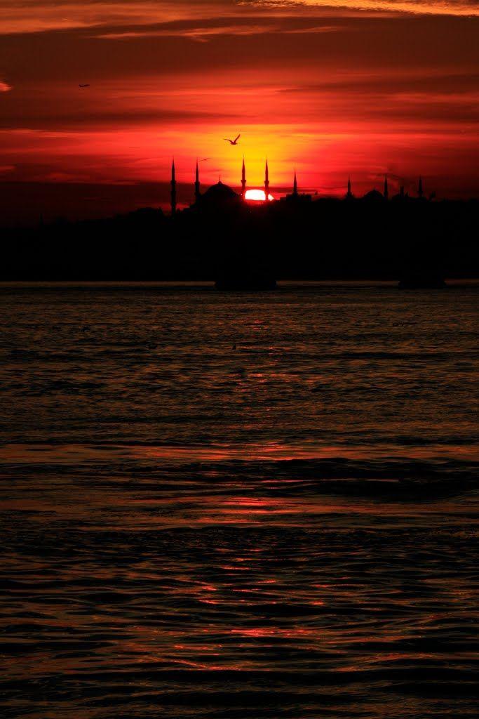 Kadikoy, Sultan Ahmet Mosque, Fatih, Istanbul, sunset