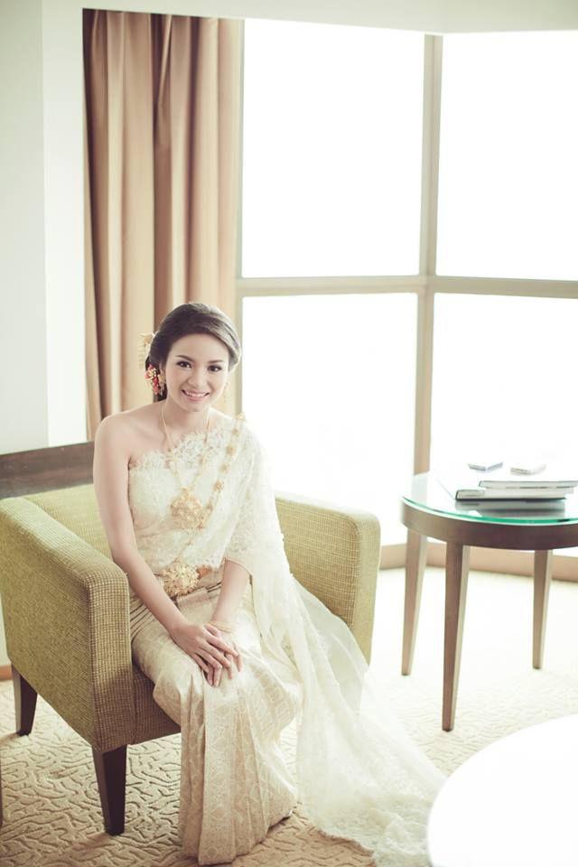 Thai wedding dress