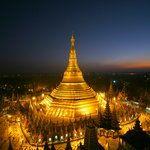 Top 10 Myanmar destinations. (Shwedagon Pagoda, Yangon)