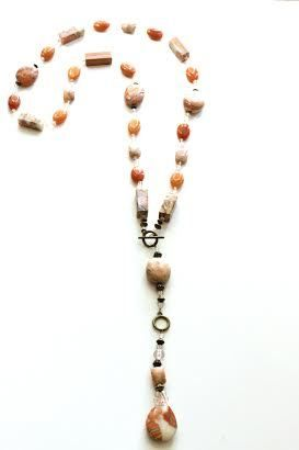 Coral Lariat: Peach Marble, Brass Findings, Glass Beads