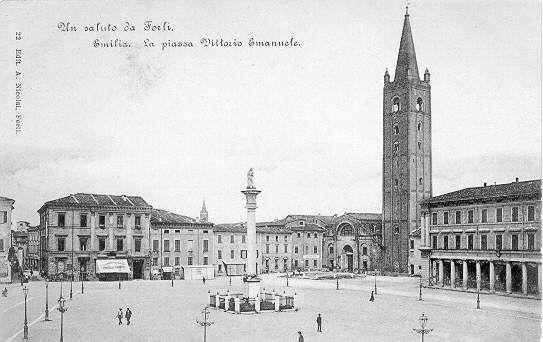 Piazza Saffi Forlì Emilia Romagna, with San Mercuriale Church