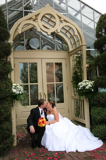 The Conservatory Is A Tropical Gl Gardenhouse Wedding Venue Set Amidst Rich Vintage Charm Of Historic District Saint Charles St
