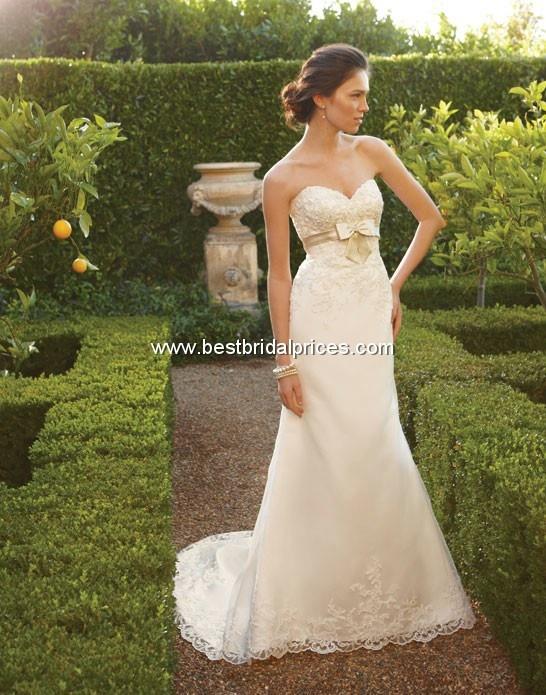 Nice lace Wedding Dress