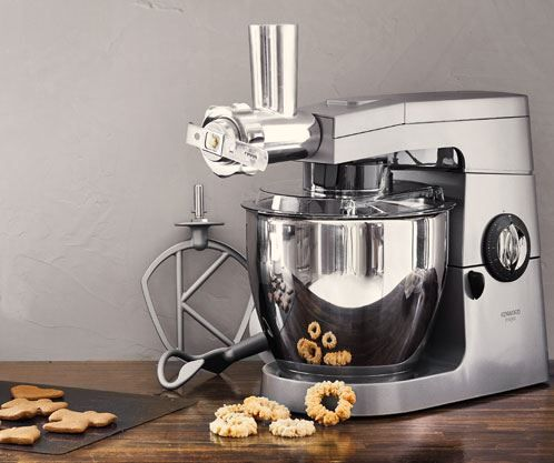 Julebagning er blandt højtidens hyggeligste gøremål. Husk at have det rigtig udstyr eller tilbehør til din bagning. f.eks. kagepladen til din køkkenmaskine. #inspirationdk #inspirationonline #jul #christmas #bagning