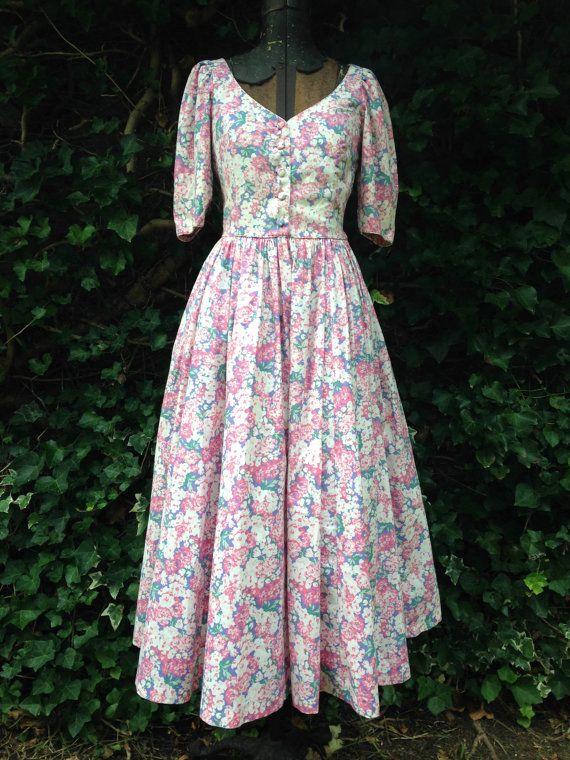 30 besten floral dress for strict aunt bilder auf. Black Bedroom Furniture Sets. Home Design Ideas