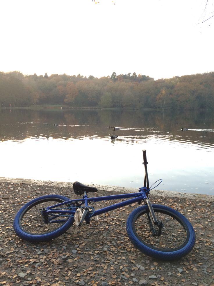 Jazz blue bmx Sutton park lake with abit of wild life