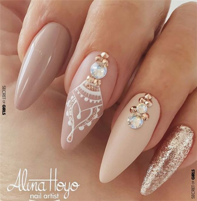 Gorgeous Wedding Nails Ideas For You #nail #nails #nailArt #weddingNails #nailTrends2019 #2019 #beauty #weddingTrends #wedding #weddingNailsIdeas #GorgeousWeddingNailsIdeas A wedding day is the most important day in the life. In addition to your wedding dress and hairstyle, also wedding nails are..