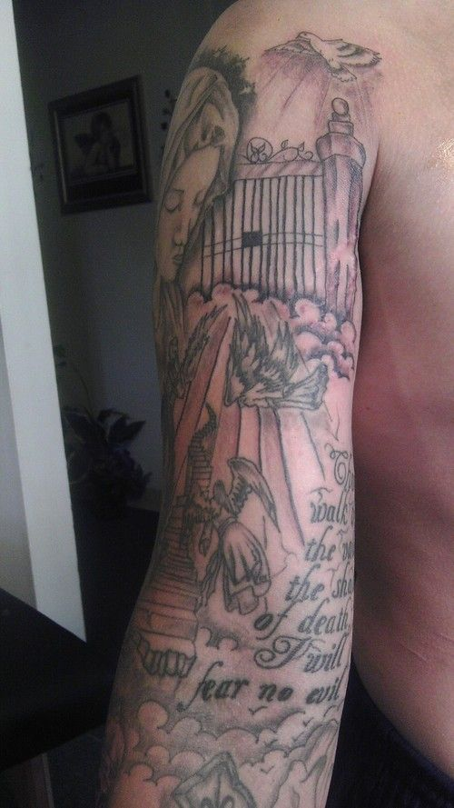 20 Perely To Heaven Gates Tattoos Ideas And Designs
