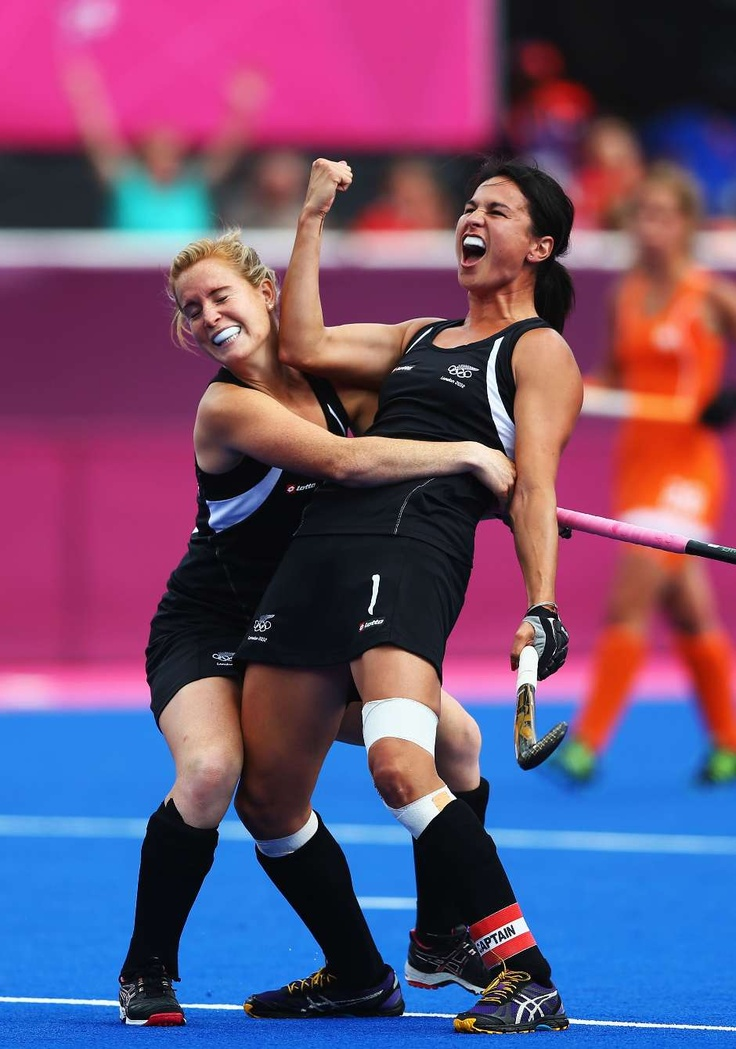 TK's Kayla Sharland of New Zealand celebrates scoring the first goal for New Zealand against the Netherlands. London 2012 Olympic Games.
