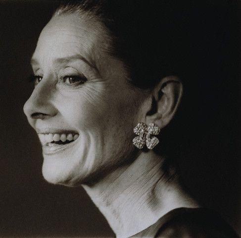 https://flic.kr/p/6ciZJV   Audrey Hepburn   ca. 1990