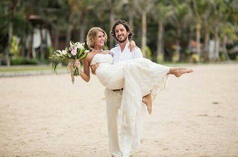WEBSTA @ ayodyabali - Stop dreaming about your beach wedding and start making it happen with @botanicaweddings #beachwedding #mengiatbeach #nusadua #love