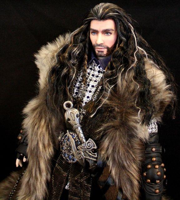 <3 I want. Thorin Oakenshield custom Doll.
