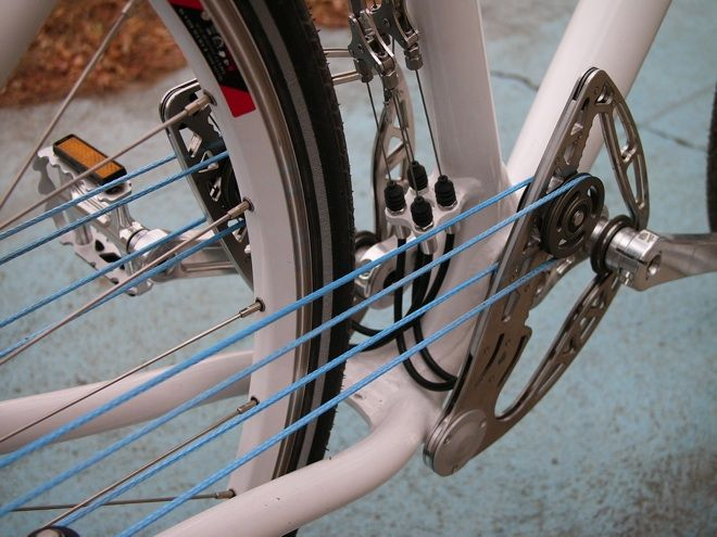 The Beauty and Tragedy of Hungary's Supple Stringbike (Wired)