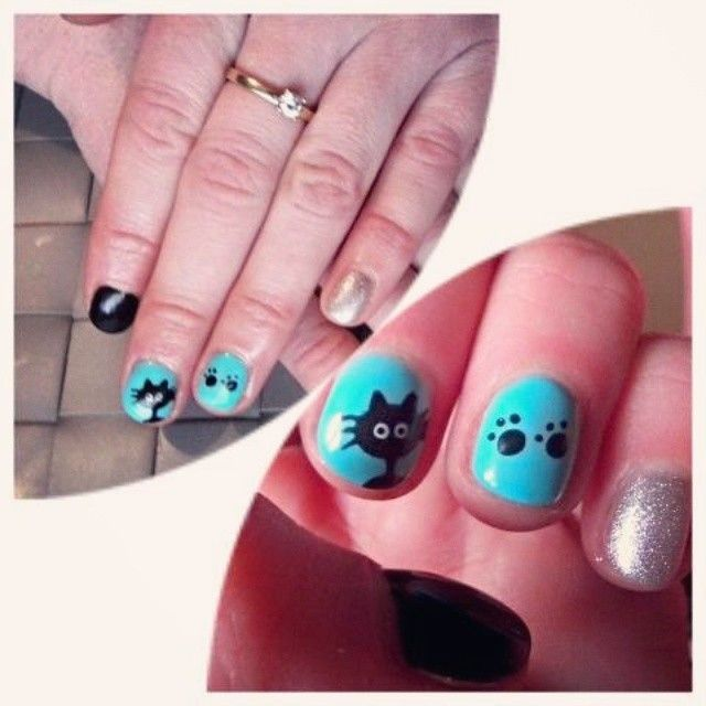 #beautynails #nailpolish #nailart #nails #catnails #blue #pepermint #black #beautifull #polish #catapaw #paw #wonderfulnails #polandnails #pawnails #february #zyrardow #mazowieckie #poland #ring #engagement #firstnails #first #hybrid #hybridnails @asiaaaaa_ef